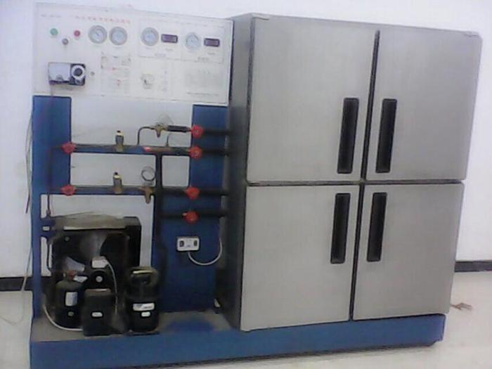 阀的工作原理是由一台制冷机组同时向二个或二个以上的冷库供应冷量
